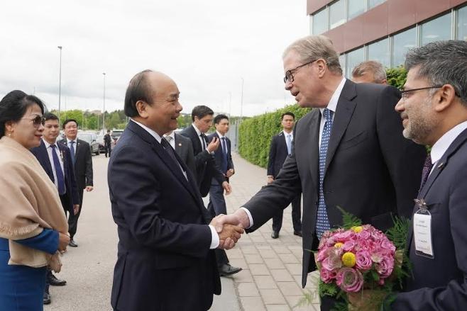 Bí thư Tỉnh ủy Hà Tĩnh thăm tập đoàn dược phẩm hàng đầu Thụy Điển