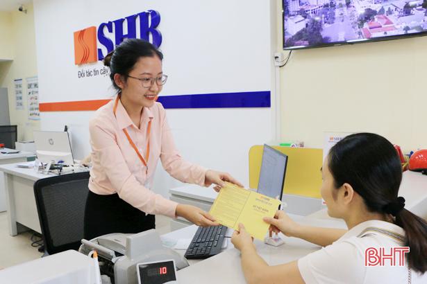 """""""Chạy"""" chương trình ưu đãi, ngân hàng Hà Tĩnh chuẩn bị mùa kinh doanh cao điểm"""