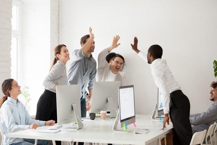 Môi trường làm việc hấp dẫn tạo động lực cho nhân viên