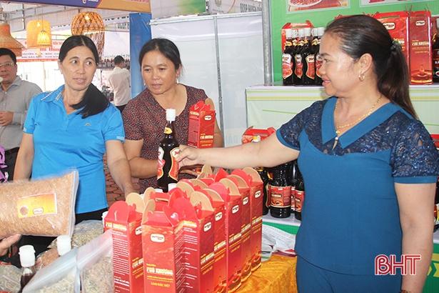 20 sản phẩm công nghiệp nông thôn Hà Tĩnh tham gia bình chọn khu vực miền Bắc