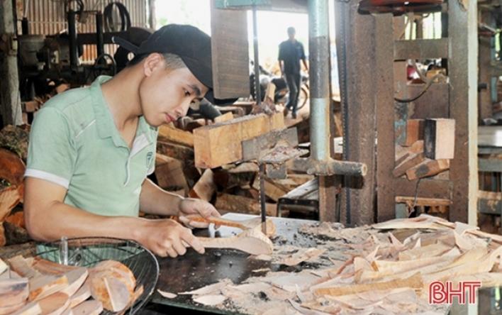Sau Hàn Quốc, Nhật Bản, đồ gỗ mỹ nghệ Yên Hồ vươn sang Đức